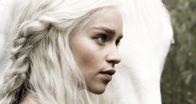 Game-Of-Thrones-Daenerys-Targaryen-1